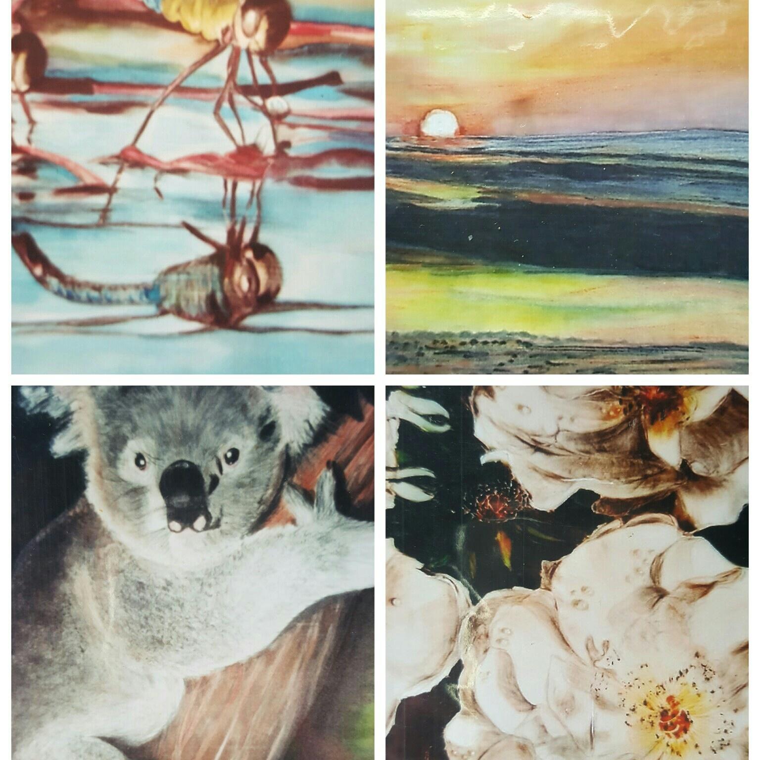 Fotokaarten van handbeschilderde zijde schilderijen.
