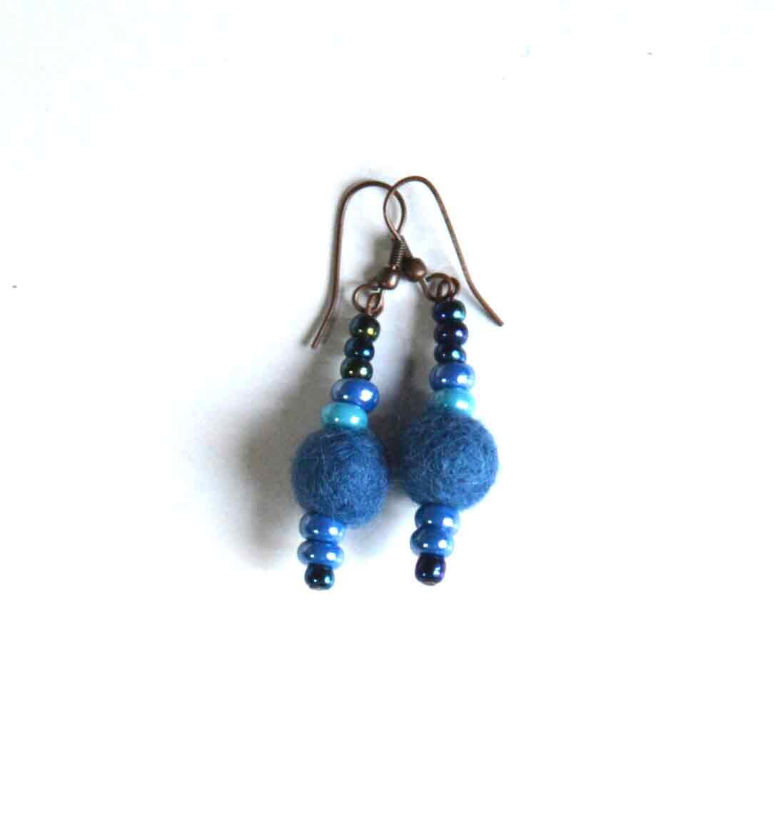 Oorbellen van vilt (blauw)