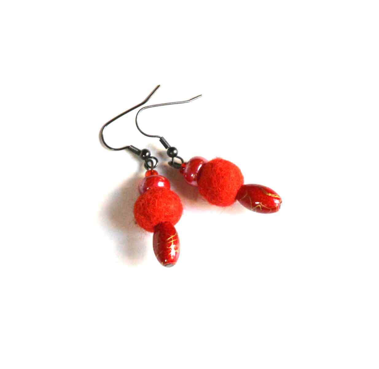 Oorbellen van vilt (rood)